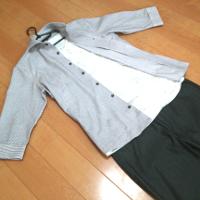 ミッシェルクランのストライプホリゾンタルカラーシャツの春秋コーデです。