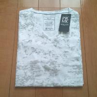 エムケーオムのムラ染めVネックTシャツです。