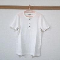 ナノユニバースのヘンリーネックシャツです。