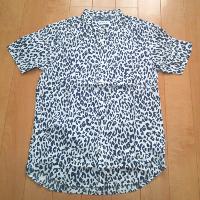 ウィゴーのプリント半袖シャツ2です。