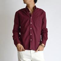 インフォアブソのワインレッドのシャツです。