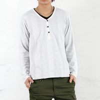 スプートニクスのヘンリーネックTシャツです。