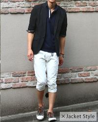 メンズスタイルのネイビーのポロシャツのコーデです。