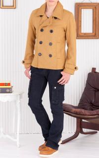 メンズファッションプラスのベージュメルトンPコートのコーデです。