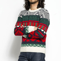 バーズアイのセヴシグのクルーネックセーターです。