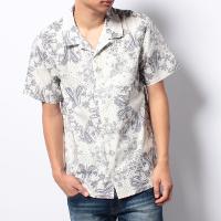 ウィゴーの白半袖シャツです。