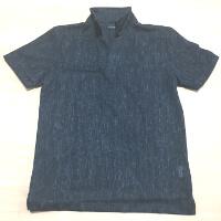 テットオムのポロシャツです。