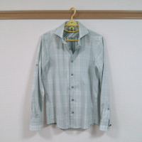 ミッシェルクランオムのシャツです。