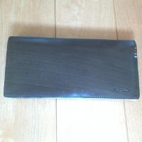 ポールスミスの長財布です。