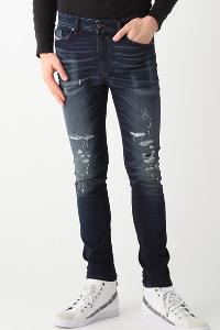 サカゼンのディーゼルのジーンズです。