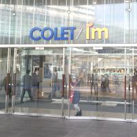 コレット&アイムの入口です。