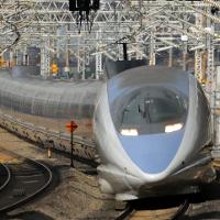 新幹線なら小倉~博多間はすぐです。