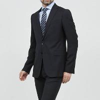モダンブルーのアルマーニのスーツです。