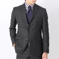 ユニバーサルランゲージのスーツ