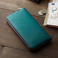 アヤメアンティーコの長財布です。