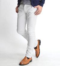 インフォアブソのホワイトジーンズです。