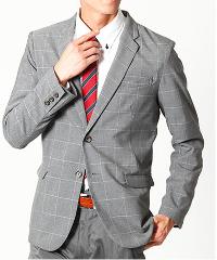ビズフロントのグレーセットアップスーツです。