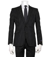 スーツセレクトのストライプブラックスーツです。