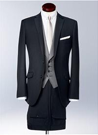 スーツセレクトのフォーマルスーツです。