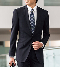 AOKIのリクルートスーツです。